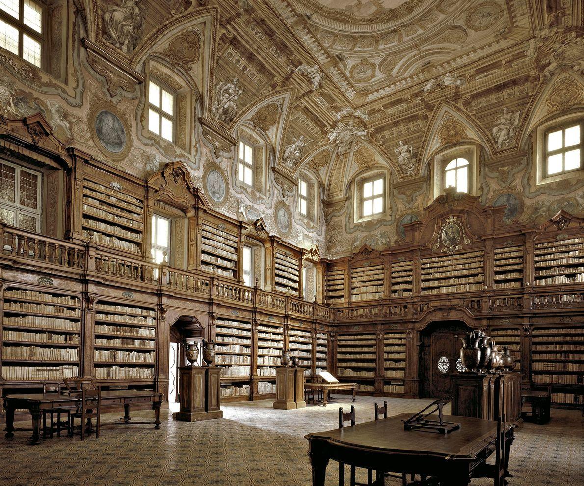 Biblioteca Girolamini, Naples, Italy