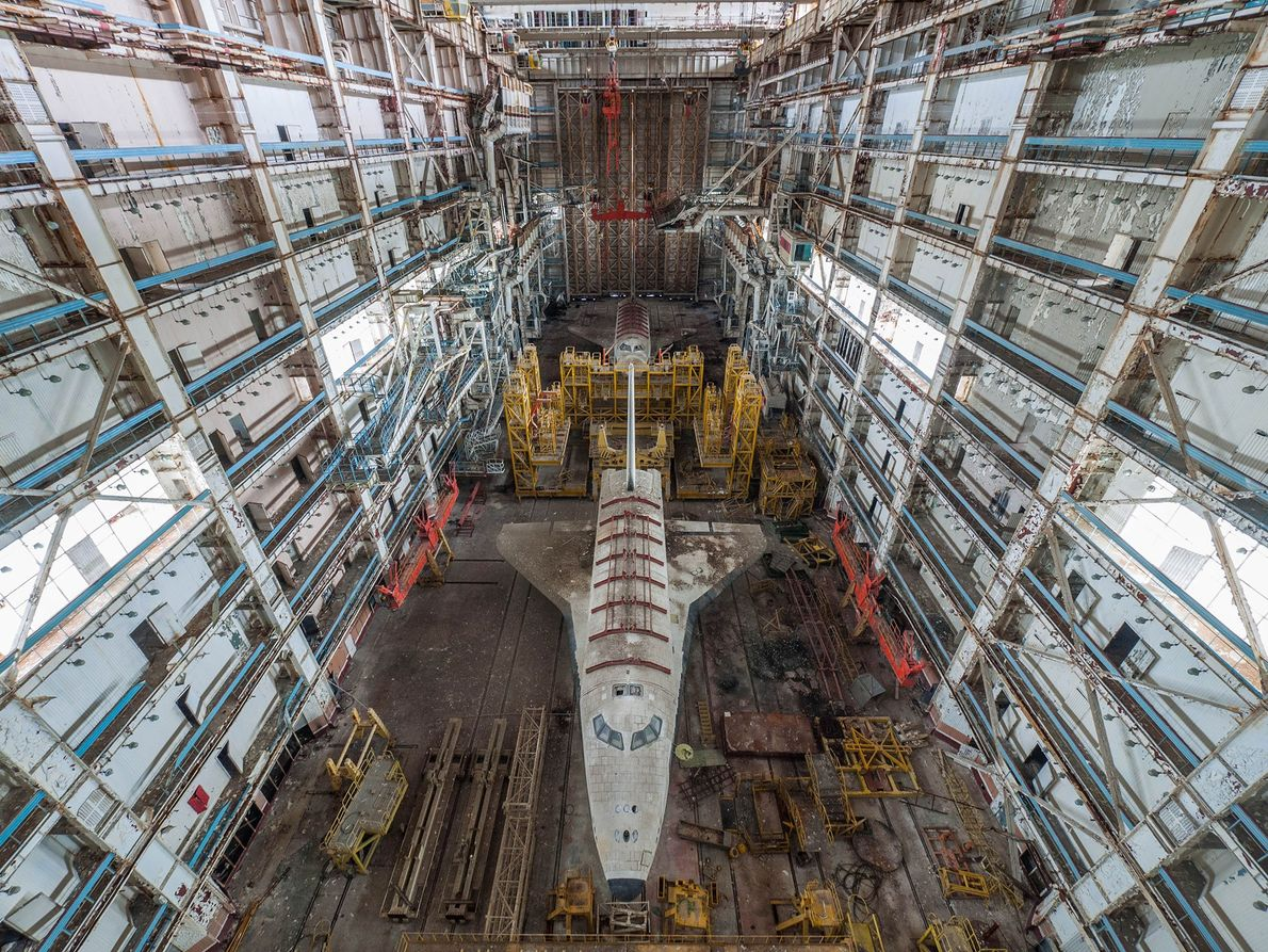 01-buran-russian-space-shuttle