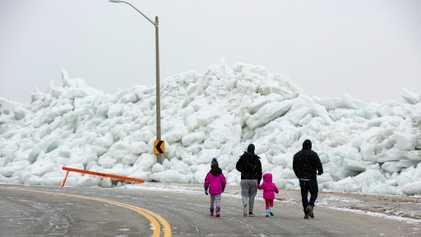'Ice tsunami' crashes onto northern lake shores. Here's why.