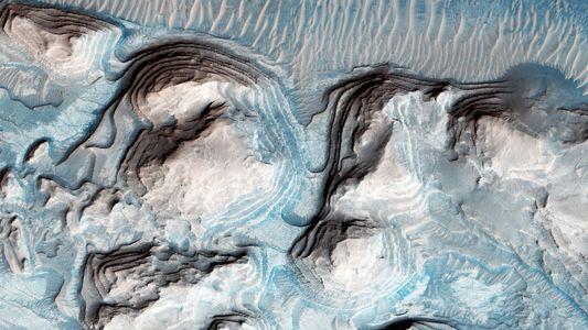 Tsunamis on Mars? Splashy Claim Raises Eyebrows.
