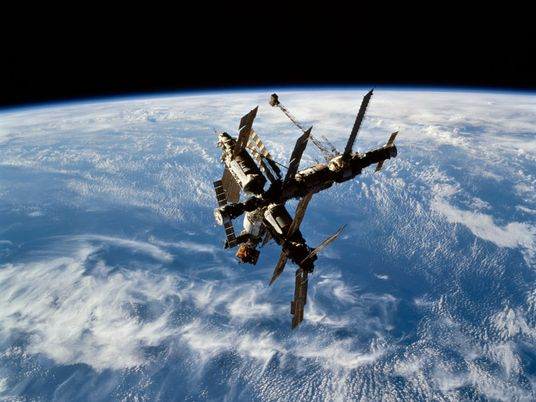 Remembering near-death dramas on a Russian space station