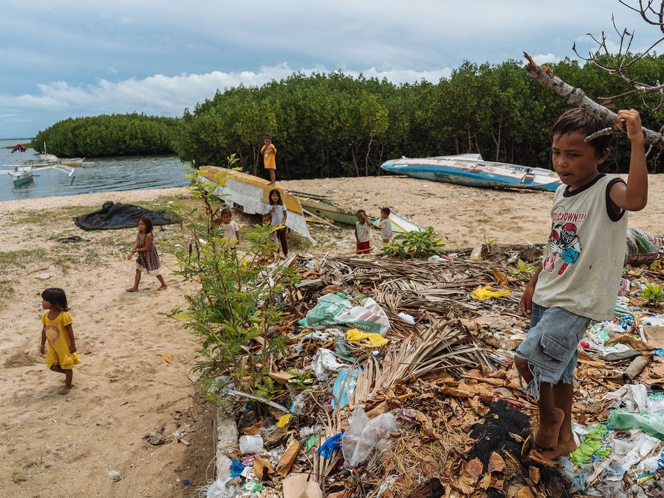 These Communities Turn Discarded Fishing Nets Into Carpets - 1