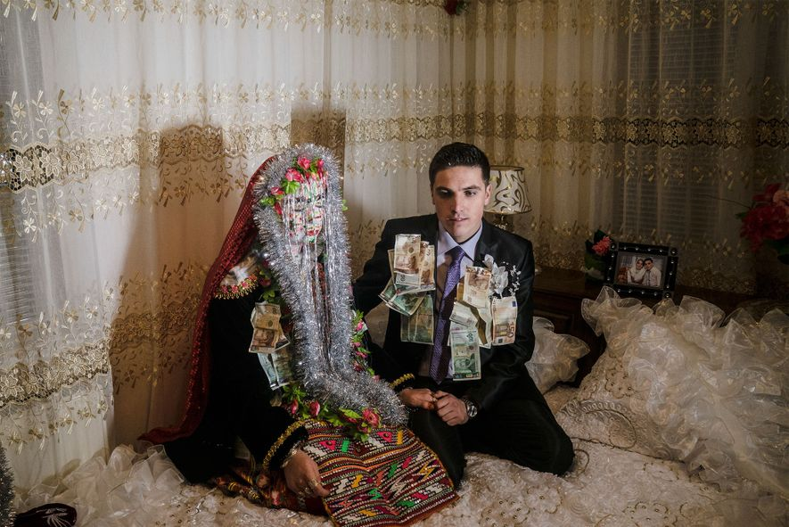 These Photos Transport You to a Muslim Wedding in Europe