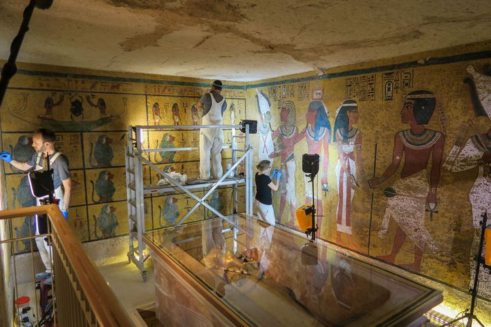 A scientific team conducts conservation work on Tutankhamun's burial chamber in 2016.