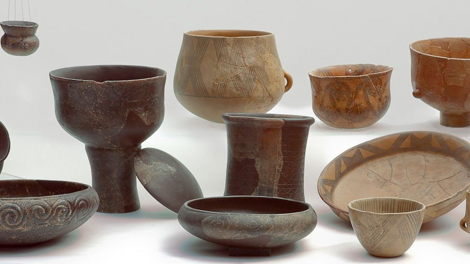 This array of Middle Neolithic pottery represents the types analysed for a study of ancient cheese.