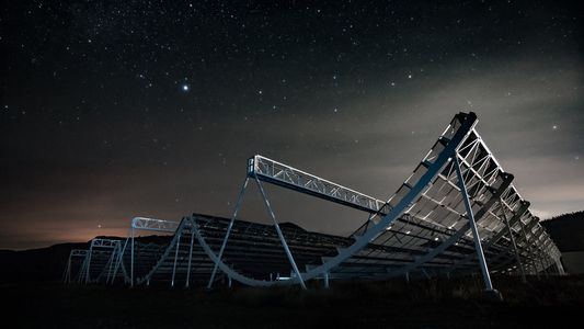 Mysterious radio bursts coming from deep space