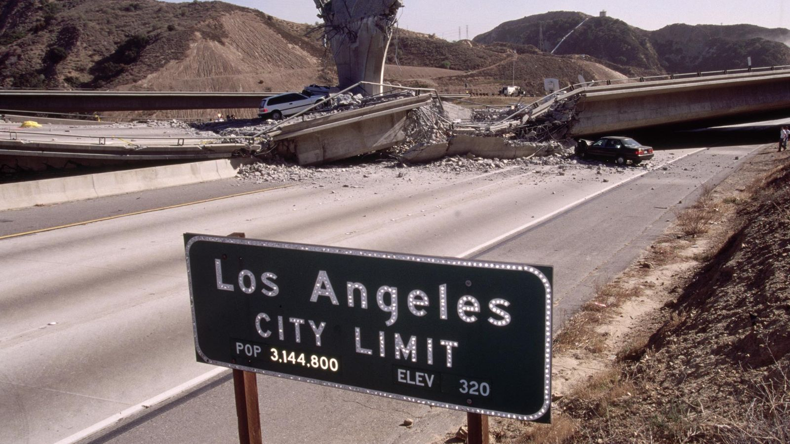 The magnitude 6.7 Northridge earthquake rocked Los Angeles in 1994, killing more than 60 people and ...