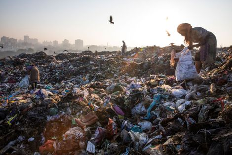 Plastic bans spread in India. Winners and losers aren't who you'd expect.