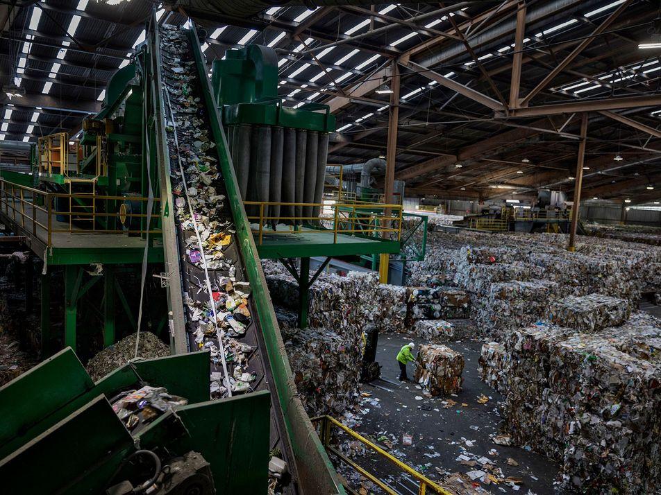 Is burning plastic waste a good idea?