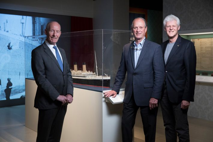 Robert Ballard (center) meets with Conal Harvey (left) and Kevin Fewster (right) during the launch of ...