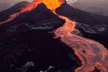 Pu'u 'Ō'ō, the easternmost of Kilauea's volcanic vents, spews molten lava on the Big Island of ...