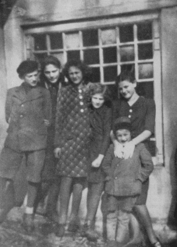 This photo of the Friedman children was taken in Humenné around 1936. Left to right: Herman, ...