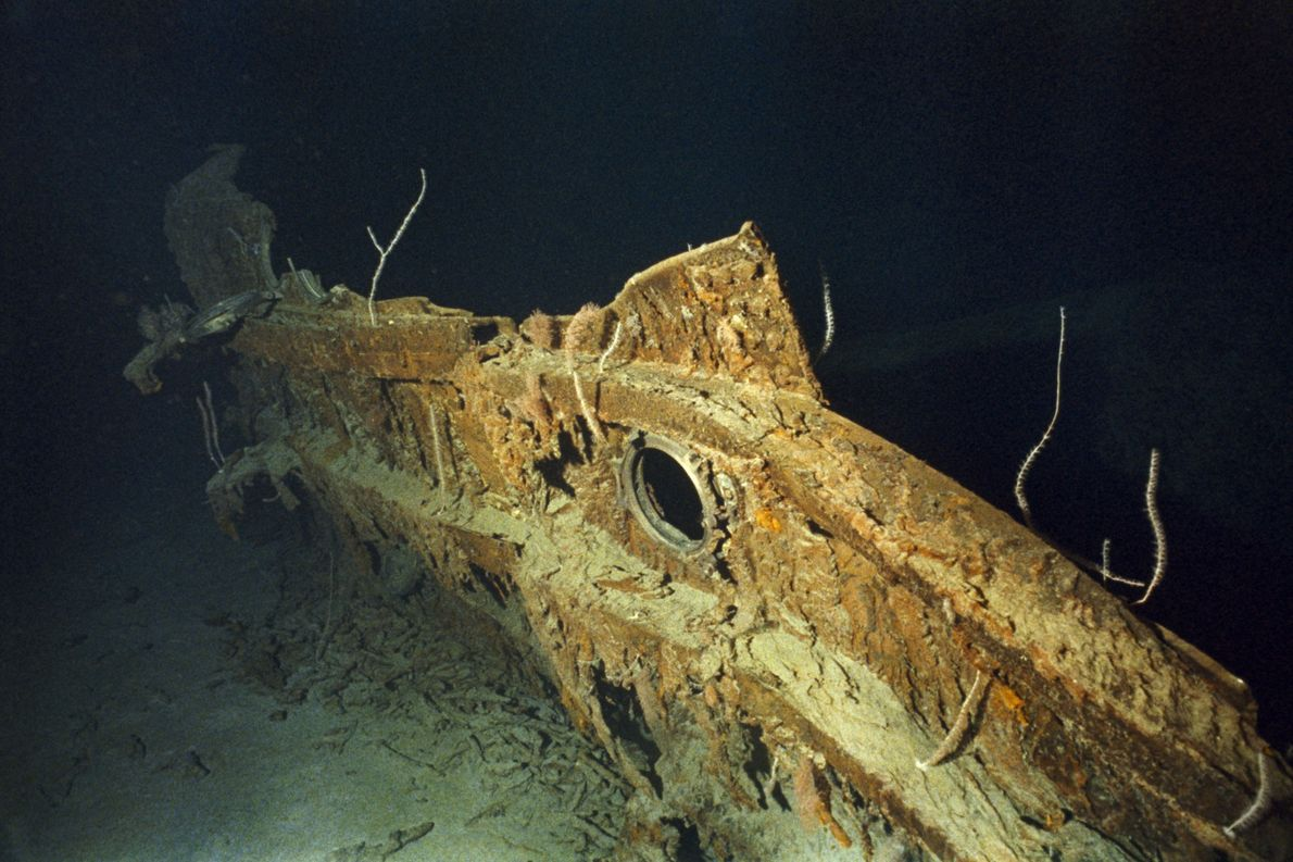 A hull fragment of the Titanic features a port hole.