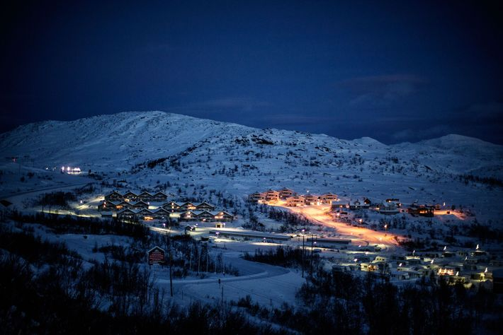 Riksgränsen is a small Swedish resort town 200 km (about 125 miles) north of the Arctic ...