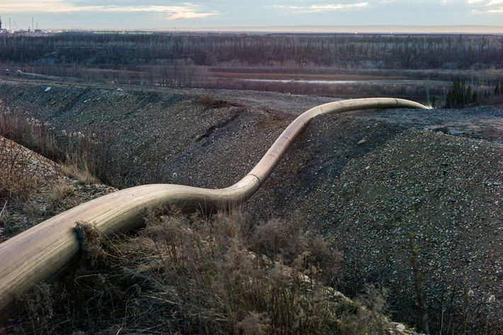 A water intake pipeline runs from the Athabasca River near Fort McKay, Alberta. The oil sands ...