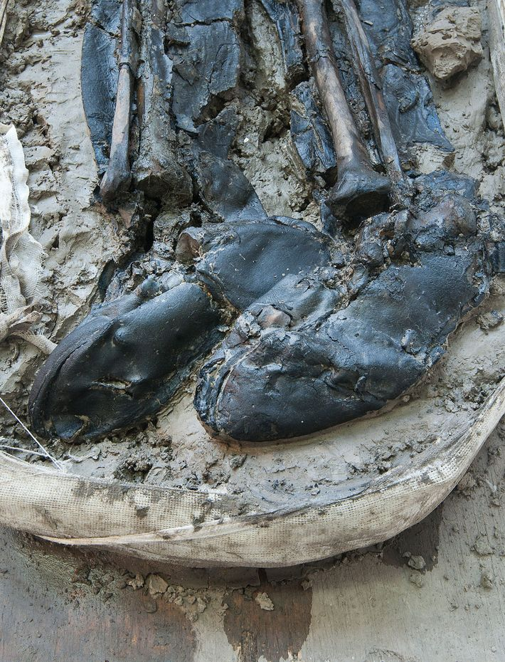 Experts dated the man's leather boots to the late 15th or early 16th century.