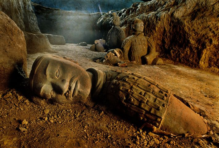 An army of lifelike clay soldiers guards the vast tomb of Qin Shi Huang, China's first ...
