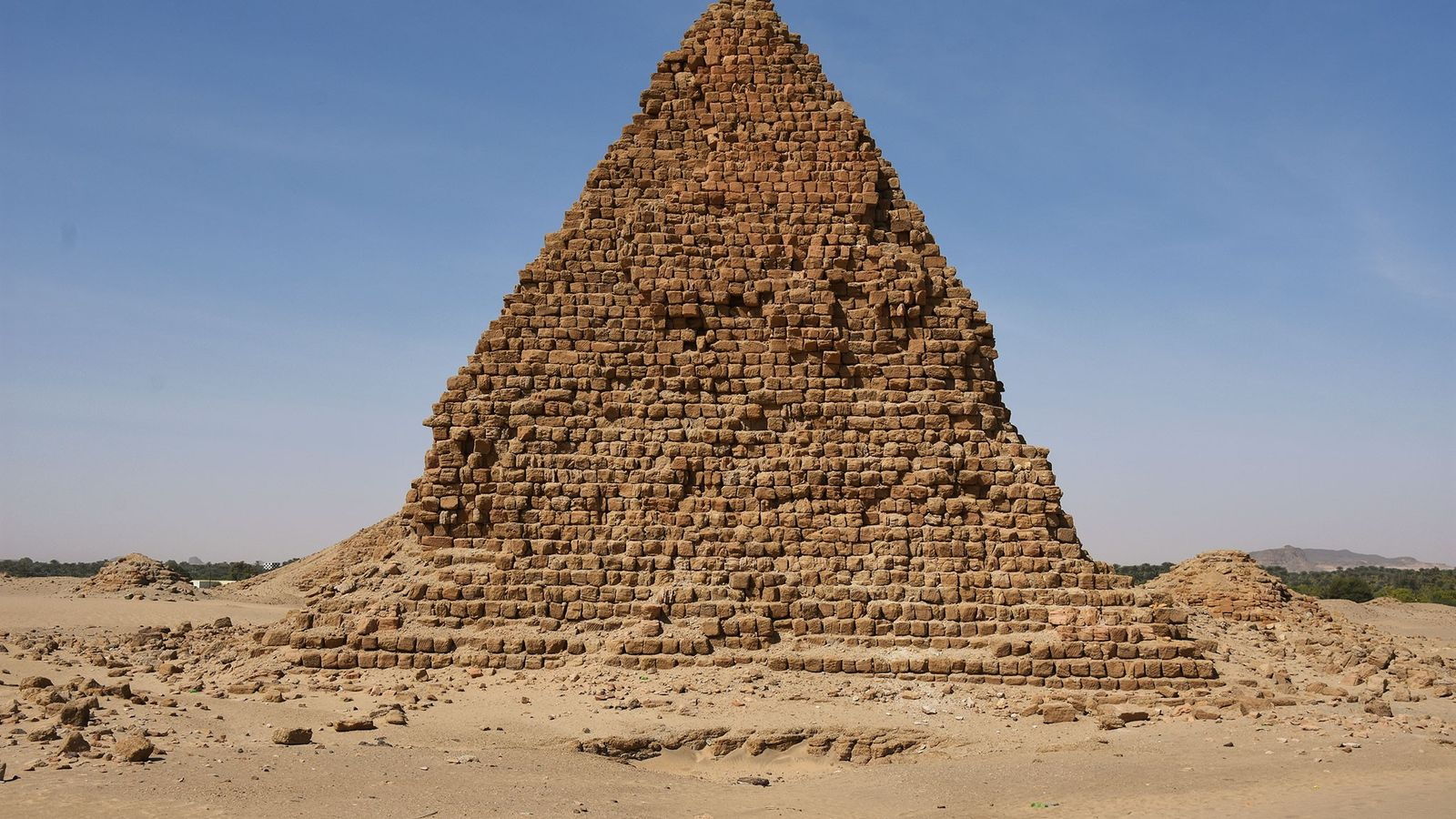 The pyramid of King Aspelta, successor (and brother) of Anlamani, who died around 580 B.C.