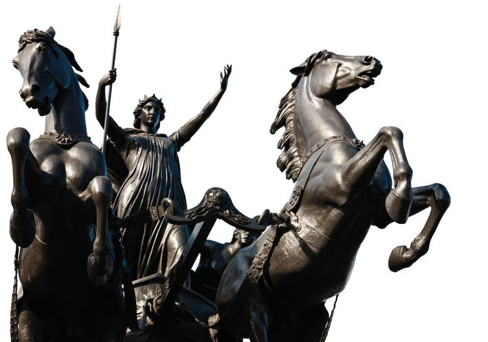 """""""Boudica and Her Daughters"""" 19th-century startue designed by Thomas Thornycroft, near London's houses of Parliament"""