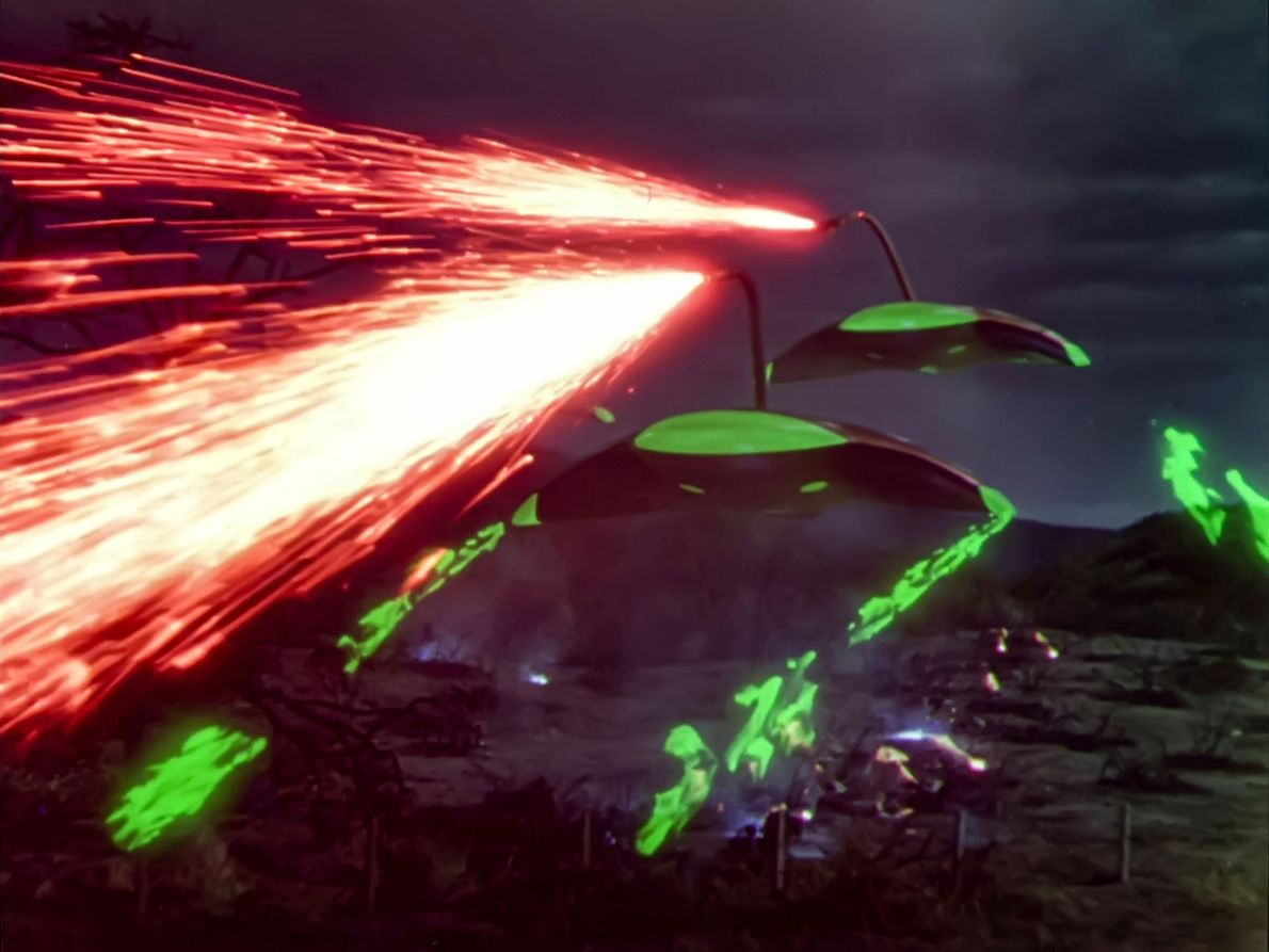 In the War of the Worlds, aliens invaded Earth to colonize it.