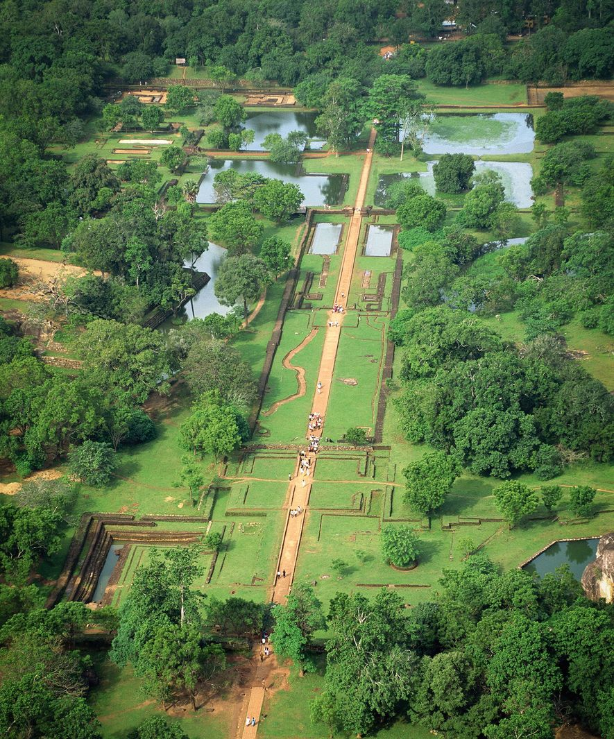 The design of the garden on the western esplanade at Sigiriya contrasts rigid rectilinear lines with the rounded natural forms of the surrounding greenery.