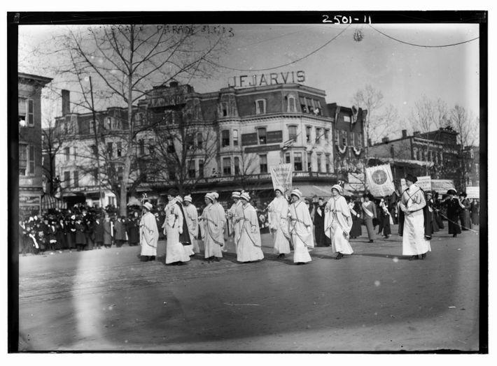 07-suffrage-symbolism