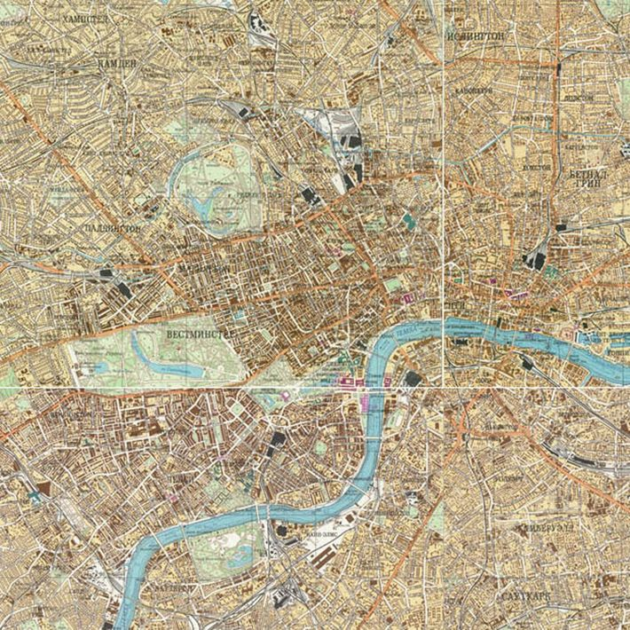 This 1982 Soviet map of London took up four panels, stitched together in this composite image.