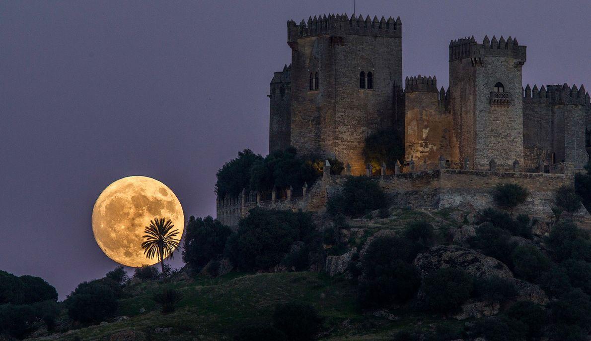 The November 2016 supermoon rises near the castle of Almodovar in Cordoba, Spain.