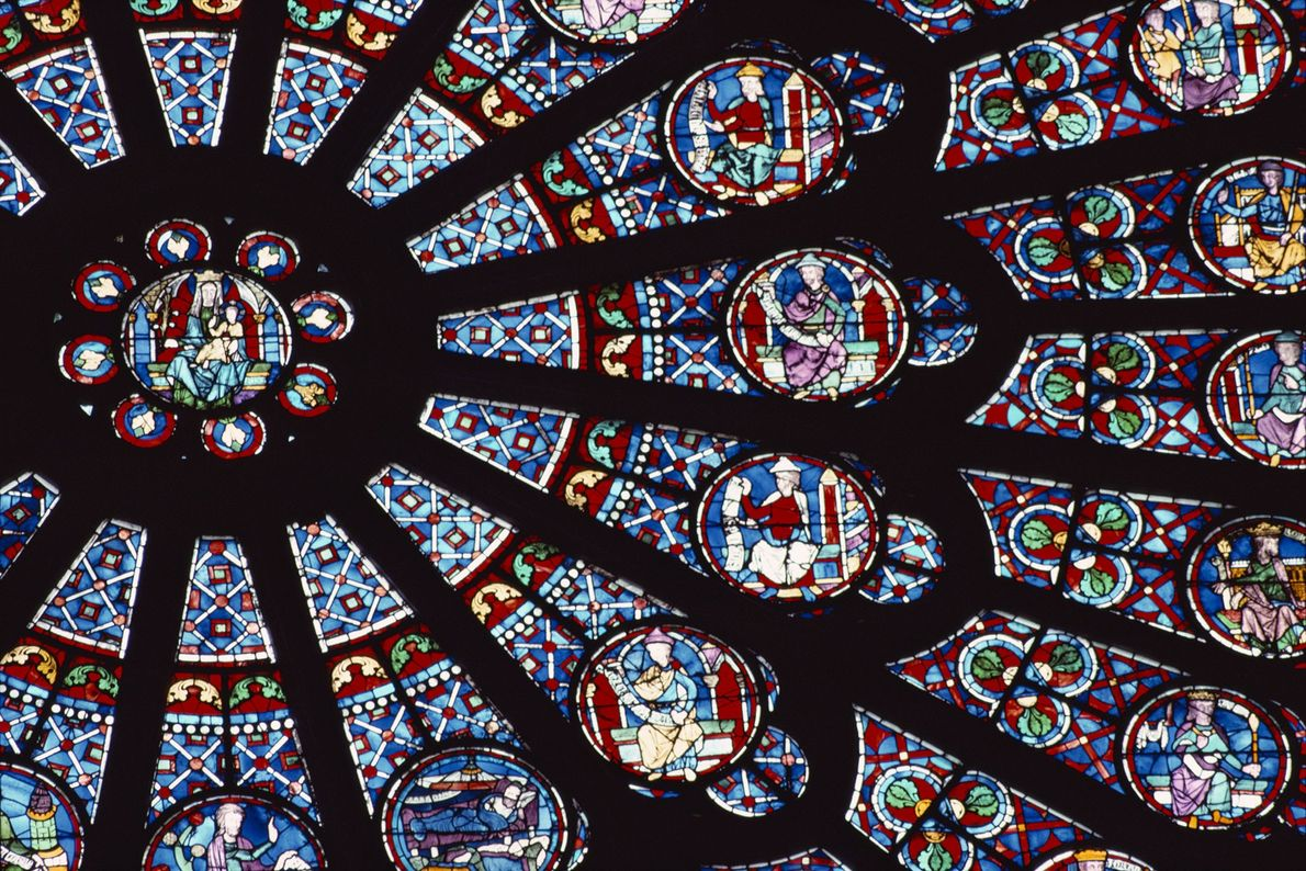 The stained glass Rose Window, made in the 13th century, depicts scenes from the Old Testament.