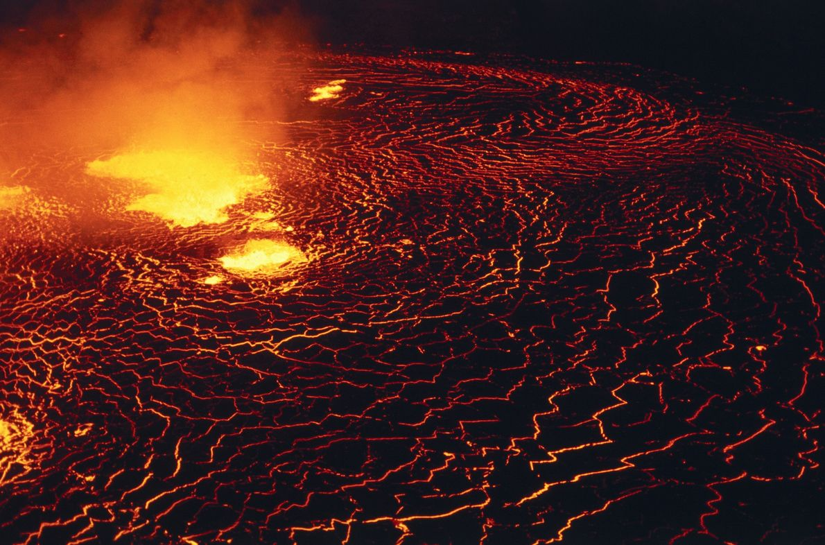 The Halemaʻumaʻu Crater of the Kilauea volcano long hosted a roiling lake of lava. But when ...