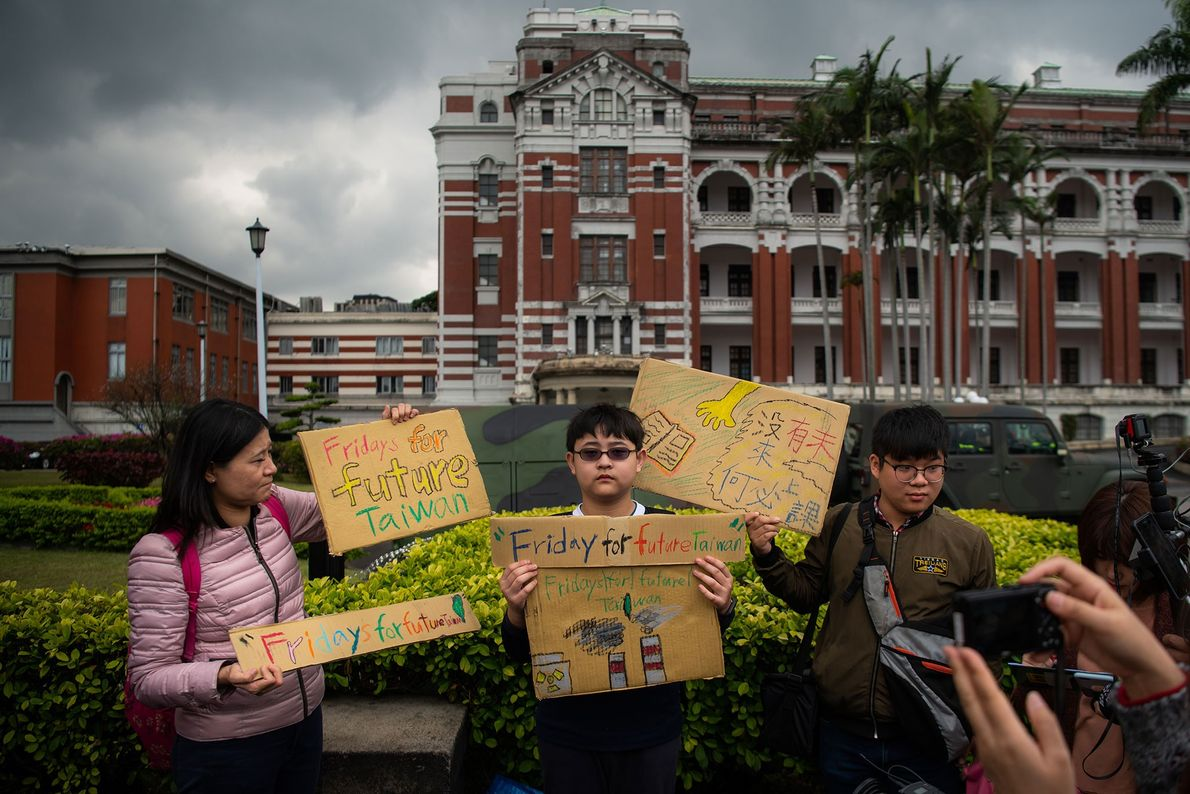 Yang Tzy-Ching, 12, joined a protest outside the Presidential Palace in Taipei, Taiwan.