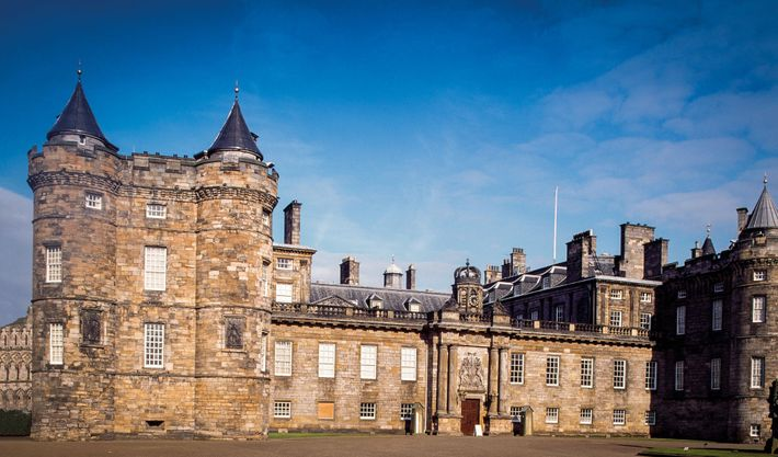 Agnes Sampson, one of the accused witches from North Berwick, was questioned by King James at ...