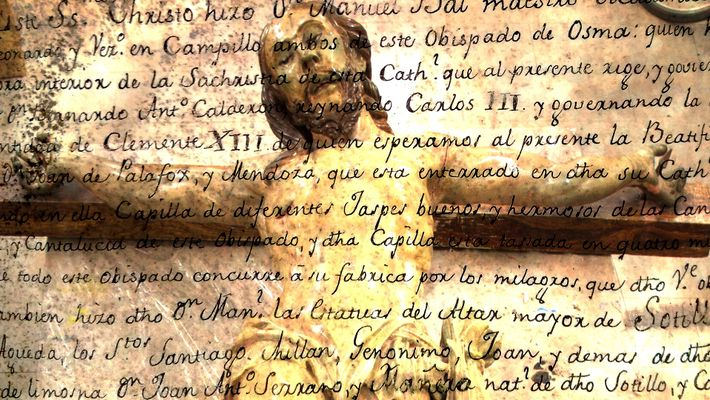 Secret Message Discovered in Statue of Jesus