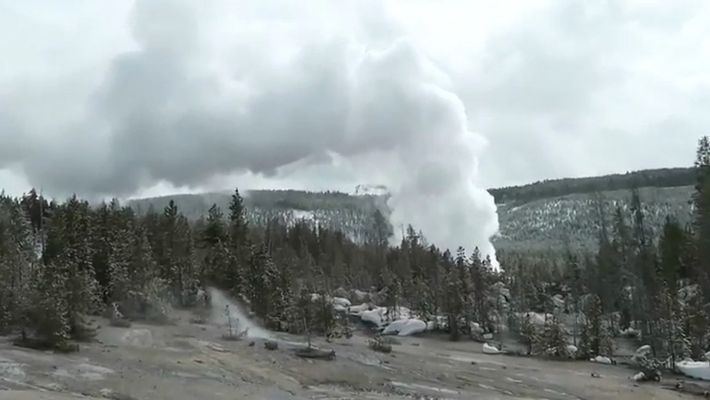 's Most Powerful Geyser Erupts Three Times After Years of Quiet