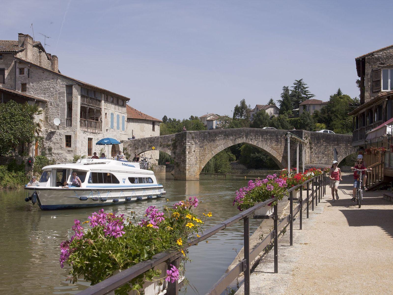 Boating in France.