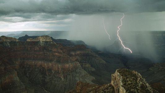Amazing Images of Lightning Around the World