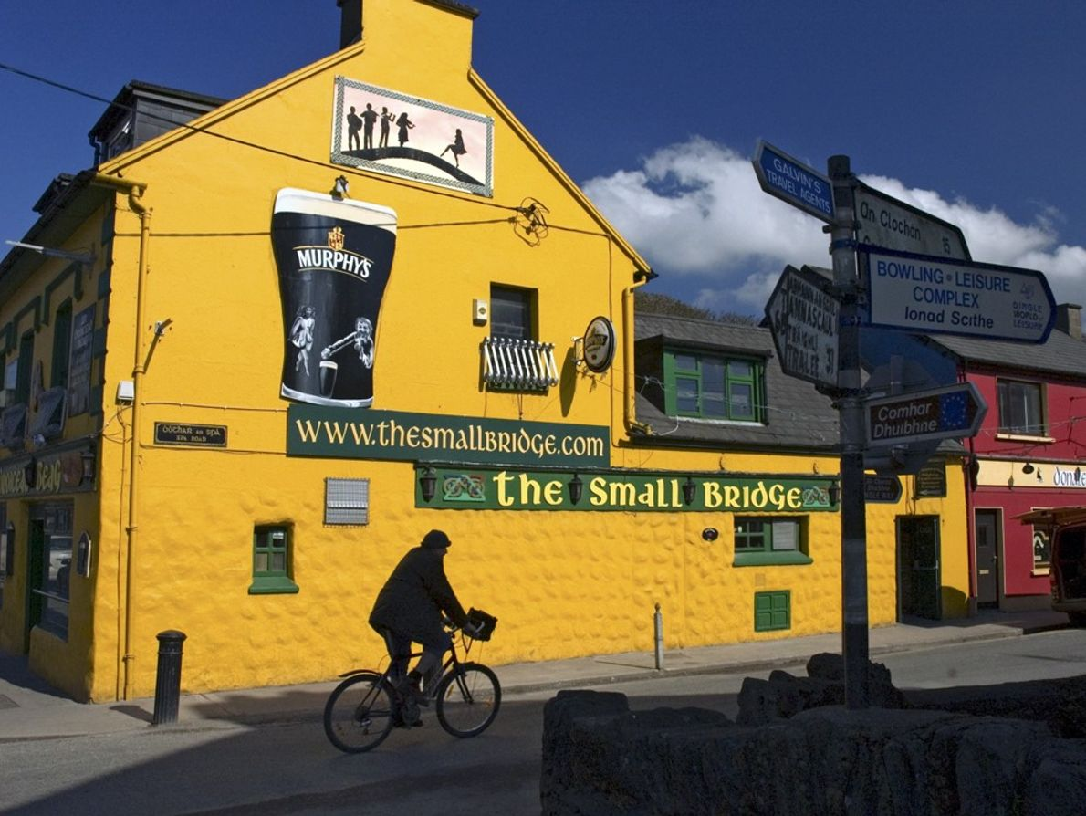 Dingle Peninsula Pub, Ireland