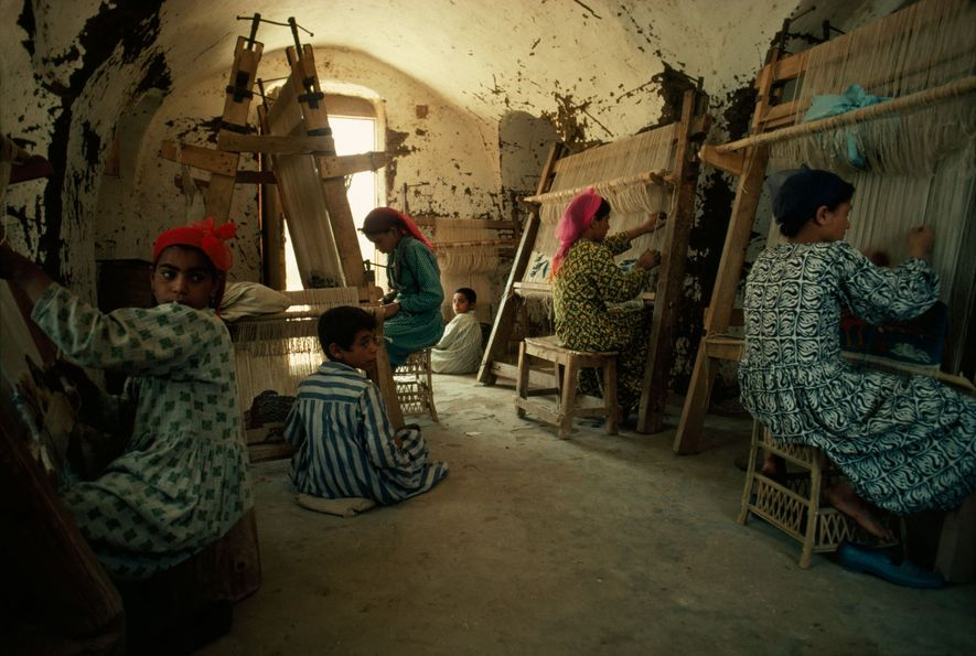 The designs of the Harrania weavers in Egypt have won them worldwide acclaim.