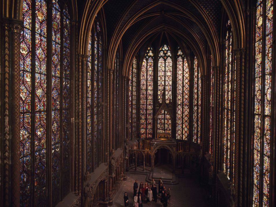 Adored, neglected, and restored: A 1968 Nat Geo feature explored Notre Dame