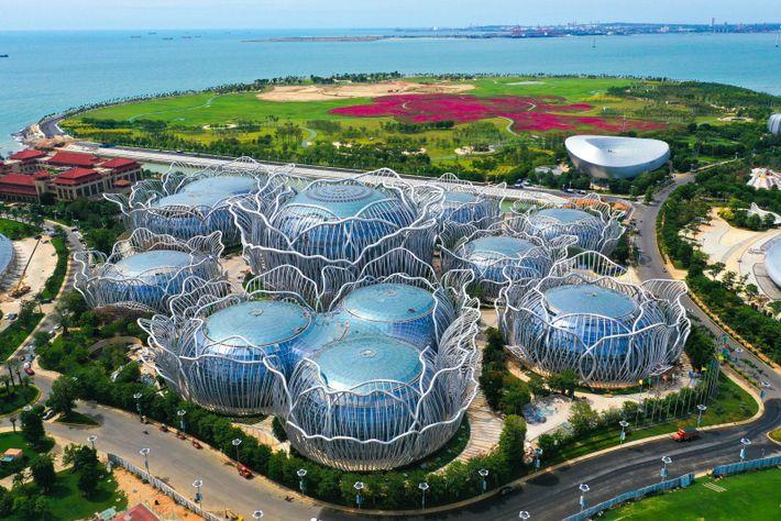 The Ocean Flower Islands, off the coast of the Yangpu Peninsula, China. The development, consisting of ...