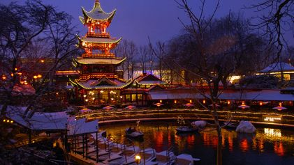 Top 10: Places to See Holiday Lights