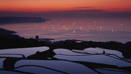 Captivating images of Japan showcase its unique beauty and atmosphere