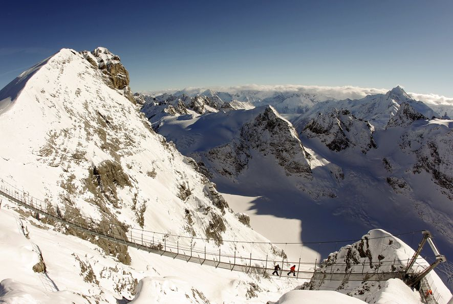 The World's 8 Scariest Viewing Platforms