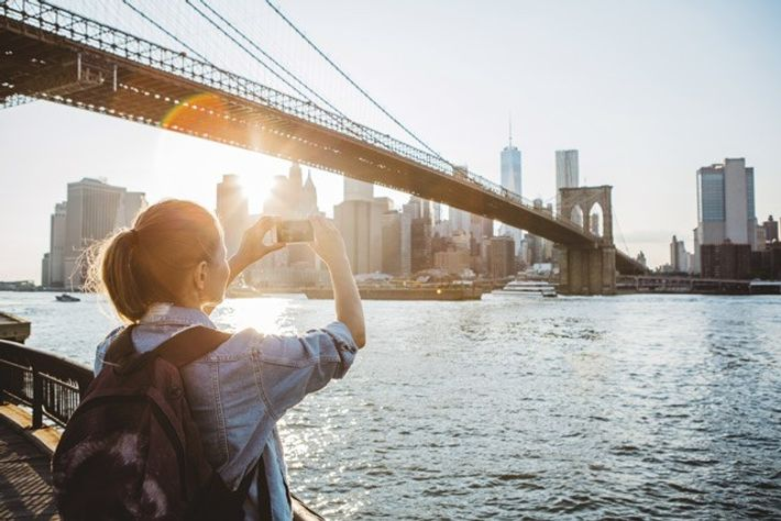 7 ways to travel easier as a female