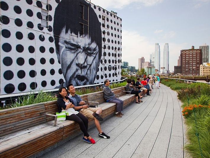 New Yorkers maintain their High Line fidelity.Photograph by Frank Heuer, laif/Redux