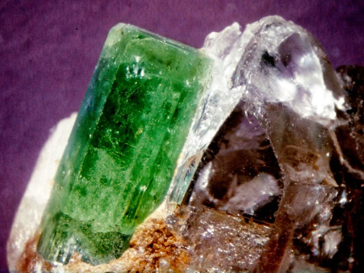 When the mineral beryl takes on a green form, we know it as an emerald. Highly ...