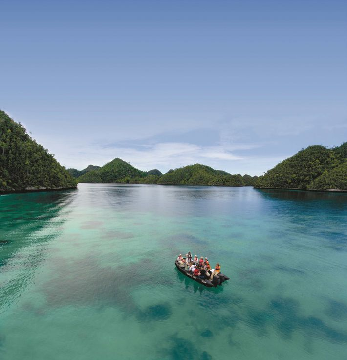 PONANT expedition on L'Austral, Raja Rampat, New Papua