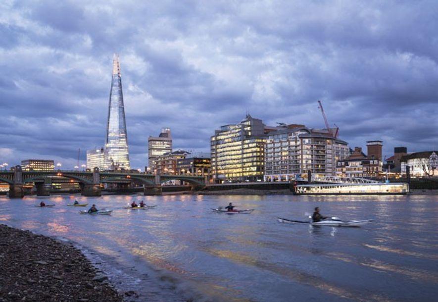 Kayaking on the Thames