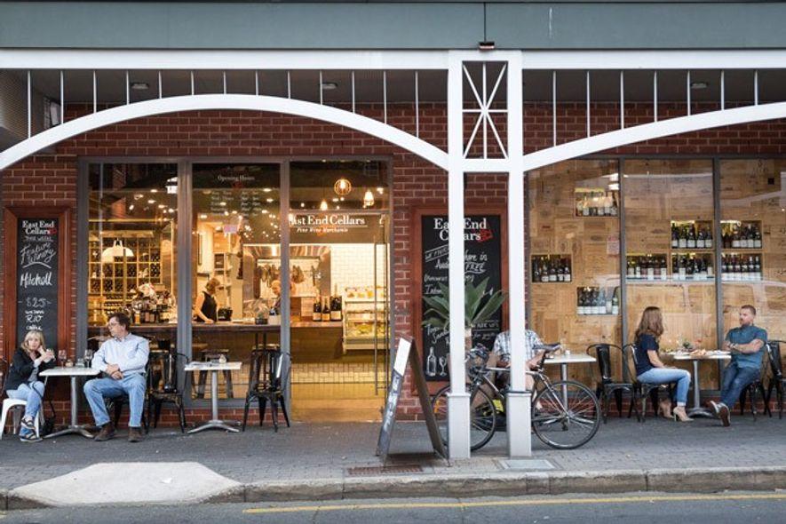 The Tasting Room, East End Cellars. Image: Chris Van Hove