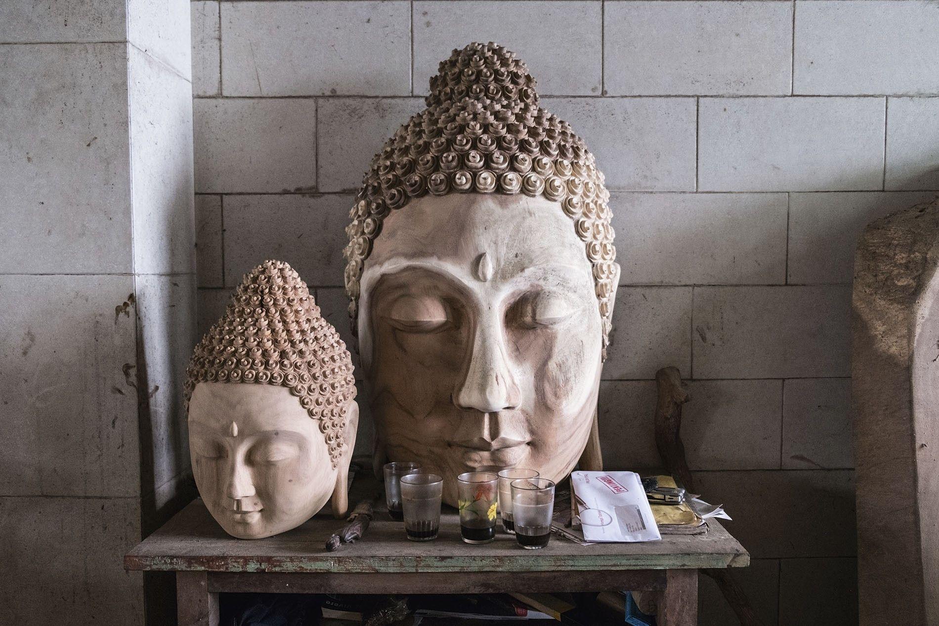 Wood carving, Taksu Bali Art Gallery, Ubud.